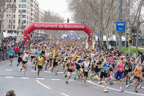 バルセロナハーフマラソン2020完走 (1:13:46 PB)